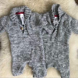 Twin set👥Carter's grey sweater rompers
